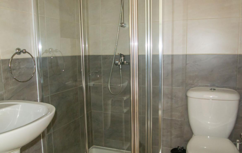 Квартира на Кипре - душевая