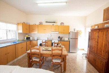 17-Bungalow-for-sale-5598