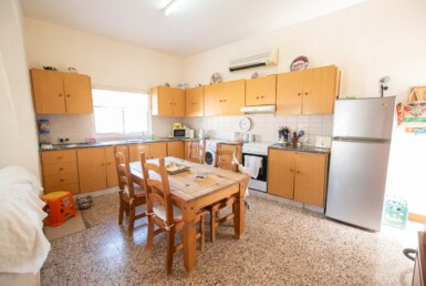 18-Bungalow-for-sale-5598