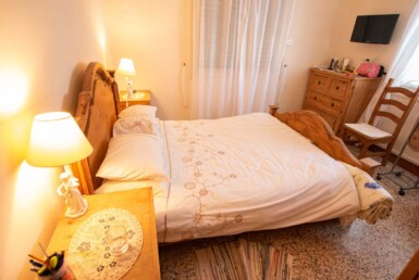 22-Bungalow-for-sale-5598