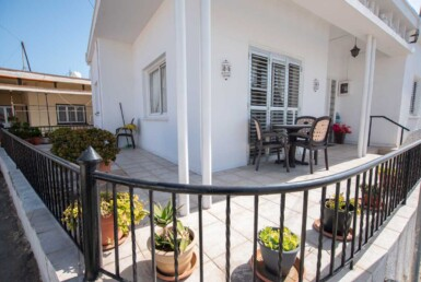 3-Bungalow-for-sale-5598