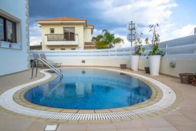 3-villa-in-pernera-5611.
