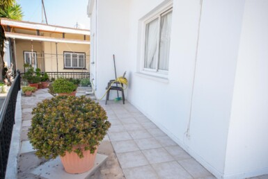 6-Bungalow-for-sale-5598