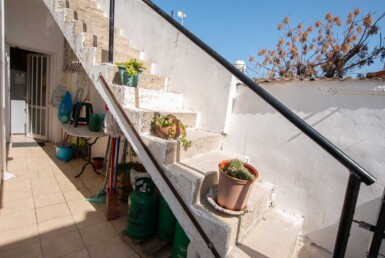 7-Bungalow-for-sale-5598