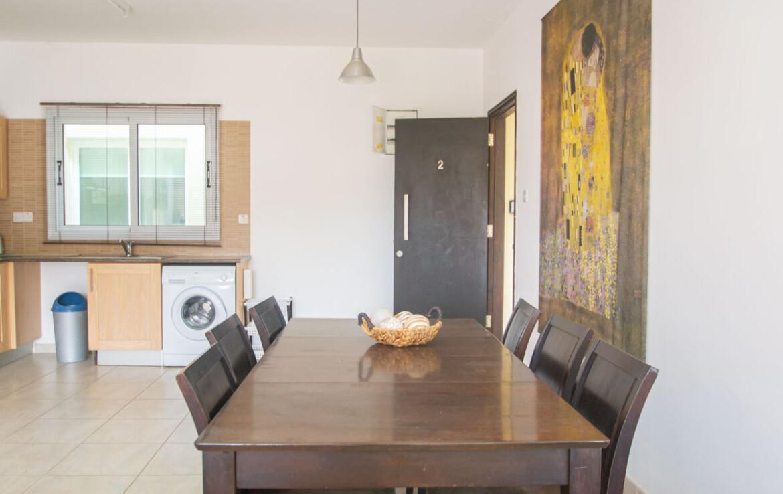 Трехспальная квартира в Каппарисе - обеденная зона
