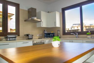 9-villa-in-pernera-5611.