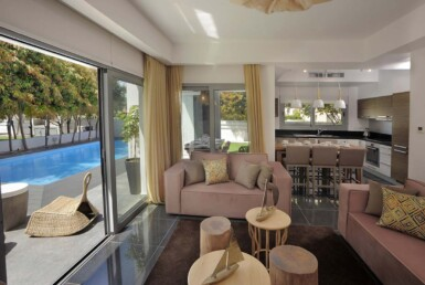10-3-bed-villa-in-pervolia-5644