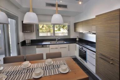 13-3-bed-villa-in-pervolia-5644