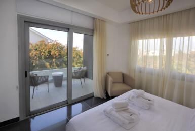 16-3-bed-villa-in-pervolia-5644