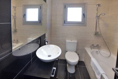 22-3-bed-villa-in-pervolia-5644