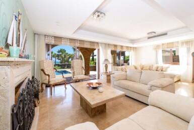 18-seafront-villa-in-ayia-thekla-5666