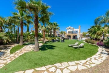 2-seafront-villa-in-ayia-thekla-5666
