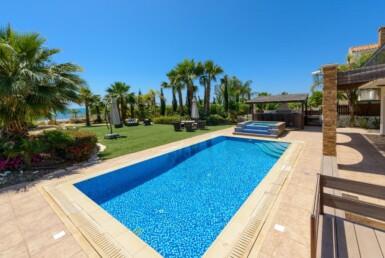 4-seafront-villa-in-ayia-thekla-5666