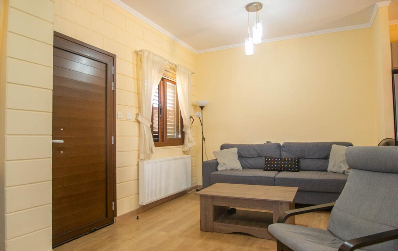 Двуспальный дом в Лиопетри на продажу - гостиная