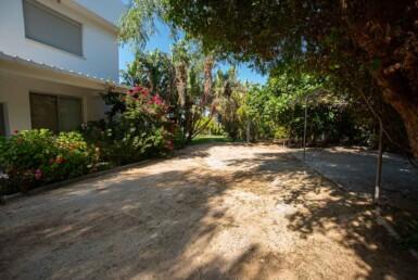 13-8-bed-villa-in-protaras-5703