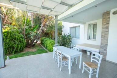 17-8-bed-villa-in-protaras-5703