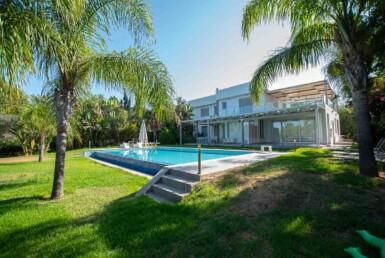 6-8-bed-villa-in-protaras-5703