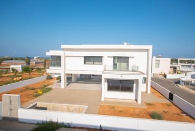 4-3-bed-new-villa-in-Pernera-5781