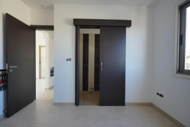 10-Incomplete-Apartment-in-Aradippou-5820