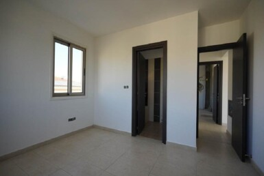12-Incomplete-Apartment-in-Aradippou-5820